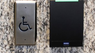 accessibility-button-push-plate